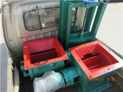 加胶皮型卸料器